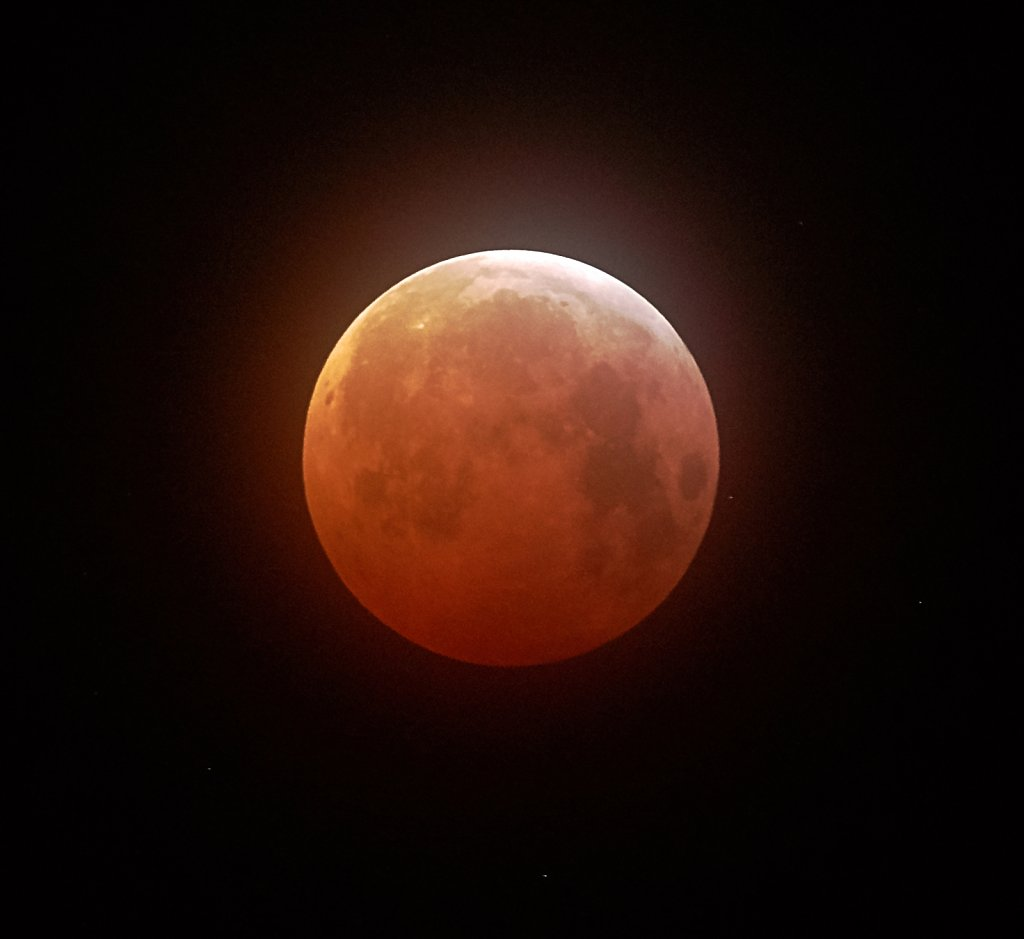 Lunar eclipse @ 5.30 am 21st January 2019