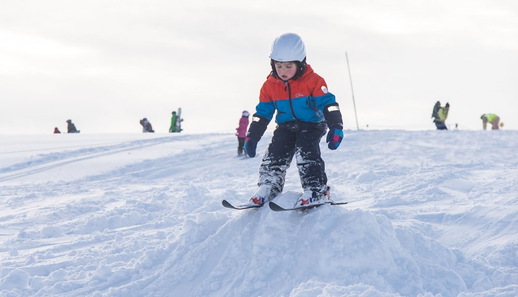 boy-learning-to-ski-jump.jpg