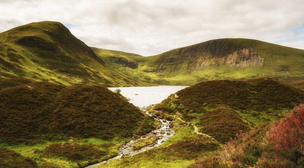 Loch Skeen summer